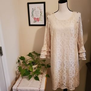 R & K Evening Cream Lace Dress Size 8